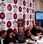 Z dwóch kamer – Dziennikarz TV Republika na konferencji Owsiaka
